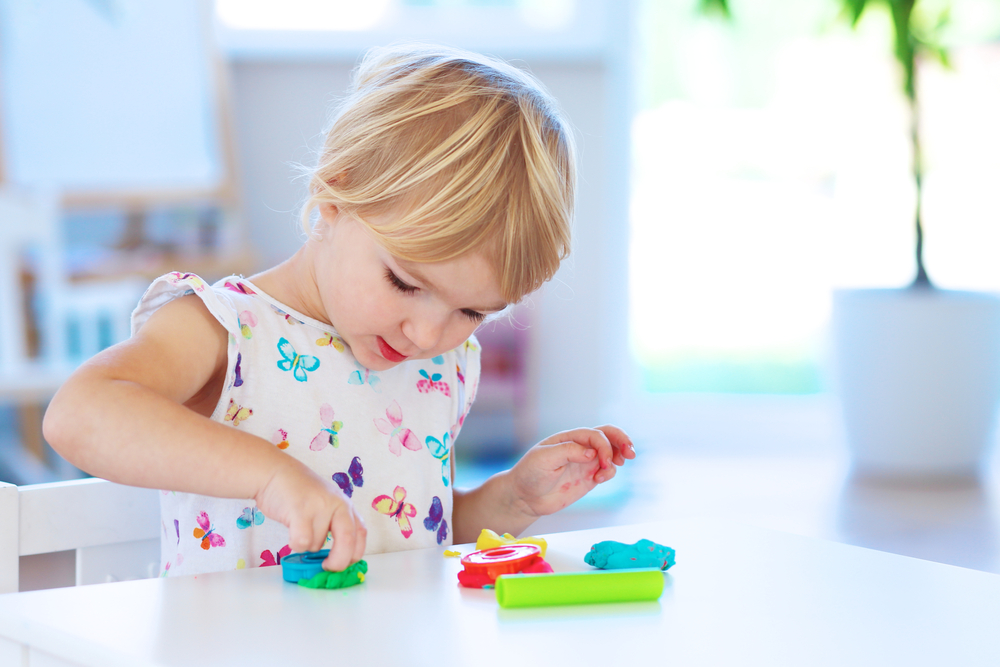 toddler-creative-play