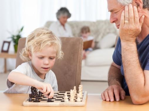 blonde-boy-chess