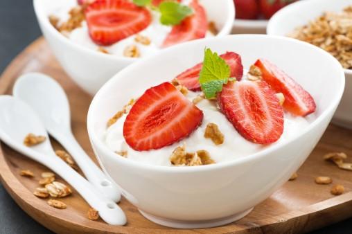 yogurt-with-strawberries