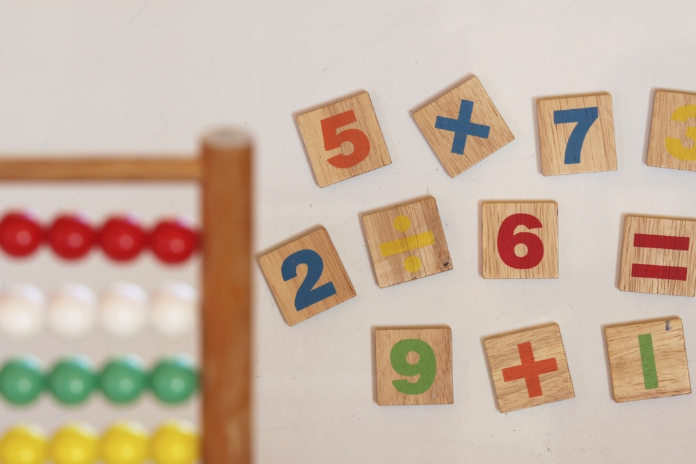 children-calculator-and-numbers