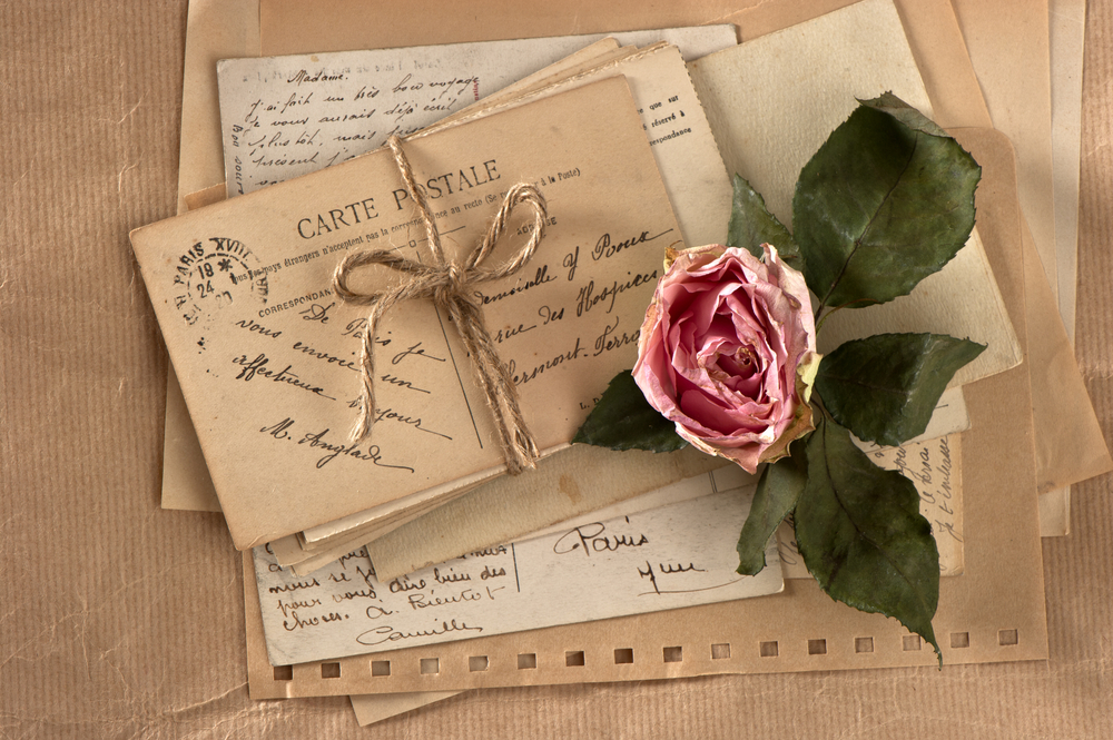 old-letters-and-a-rose