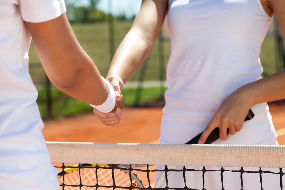 sports-handshake