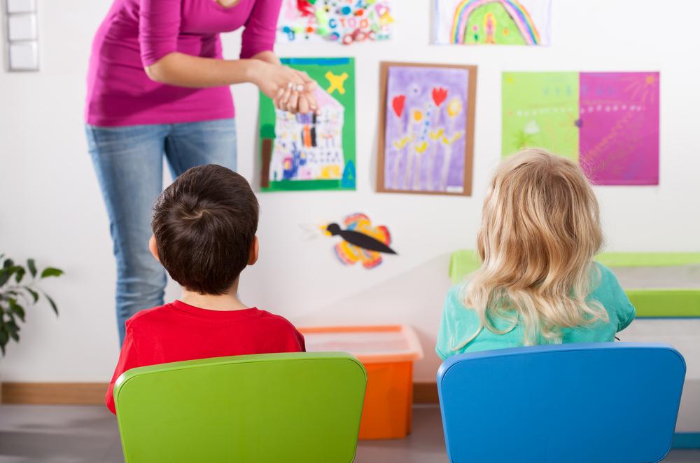 kids-in-kindergarten-with-teacher