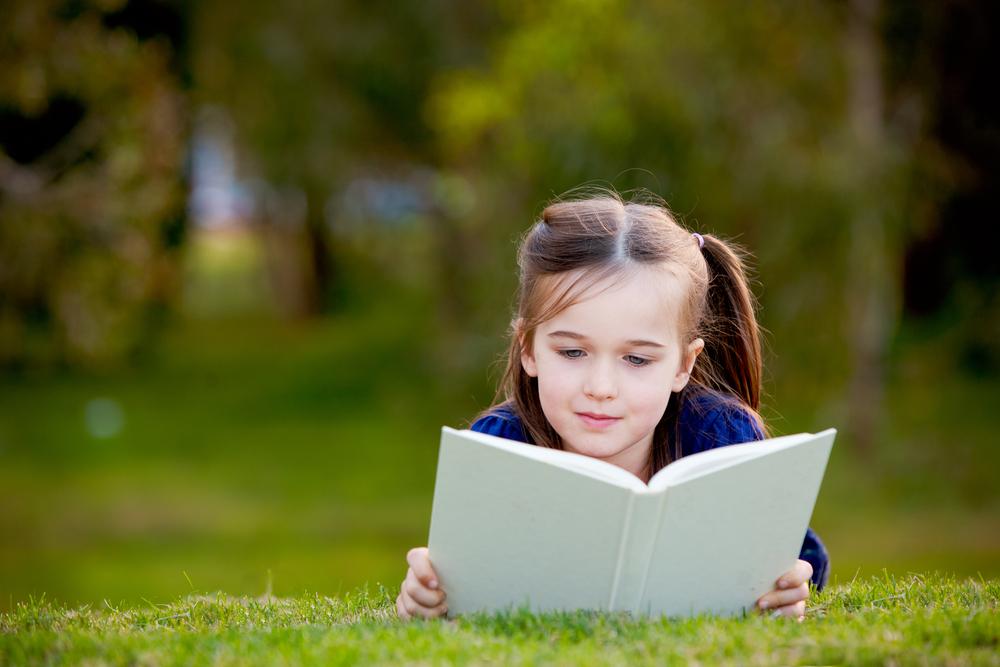 beautiful-girl-enojoying-a-book