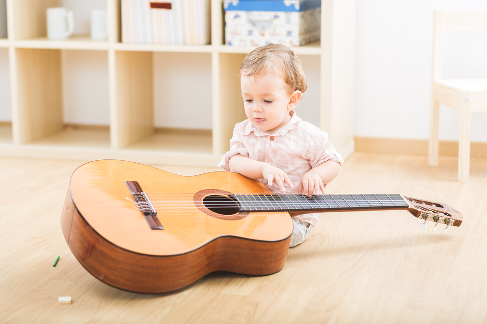 cute-toddler-with-a-guitar