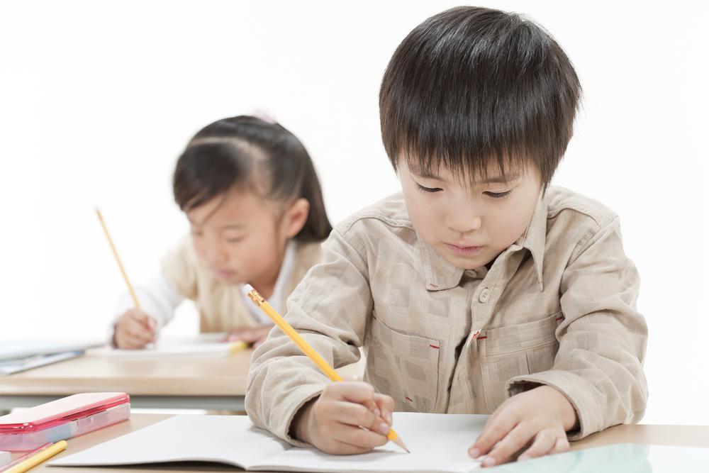 japanese-boy-studying-in-school
