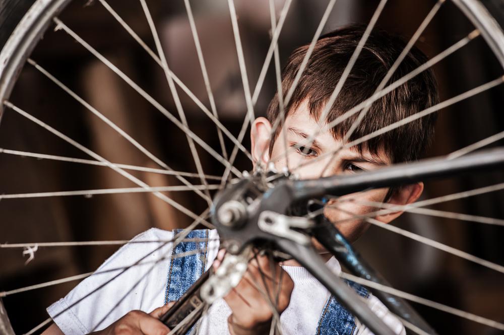 kid-mechanic-bicycle-repair