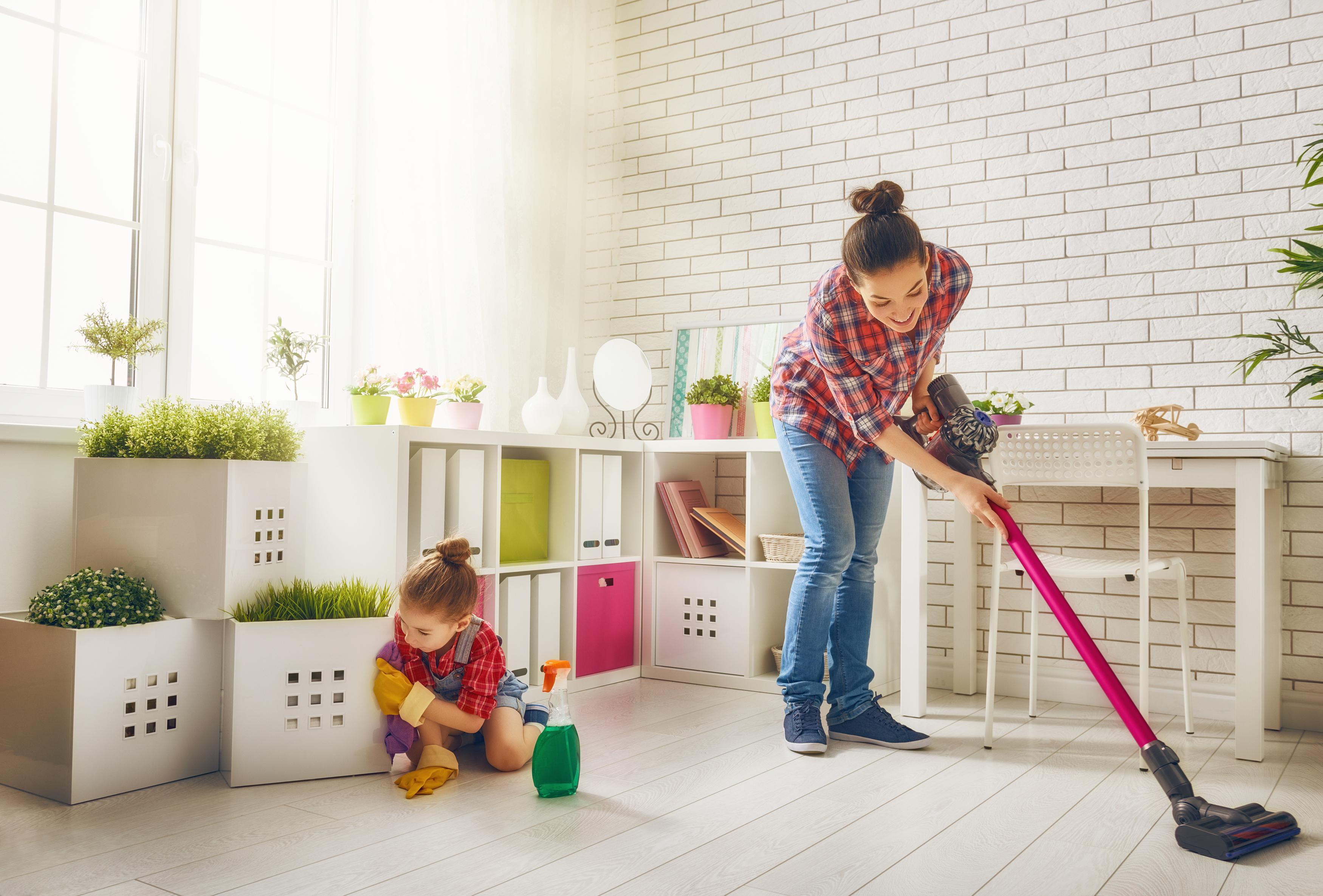 Kućni poslovi treba da se prilagode uzrastu deteta i ne bi trebalo da oduzimaju puno vremena.