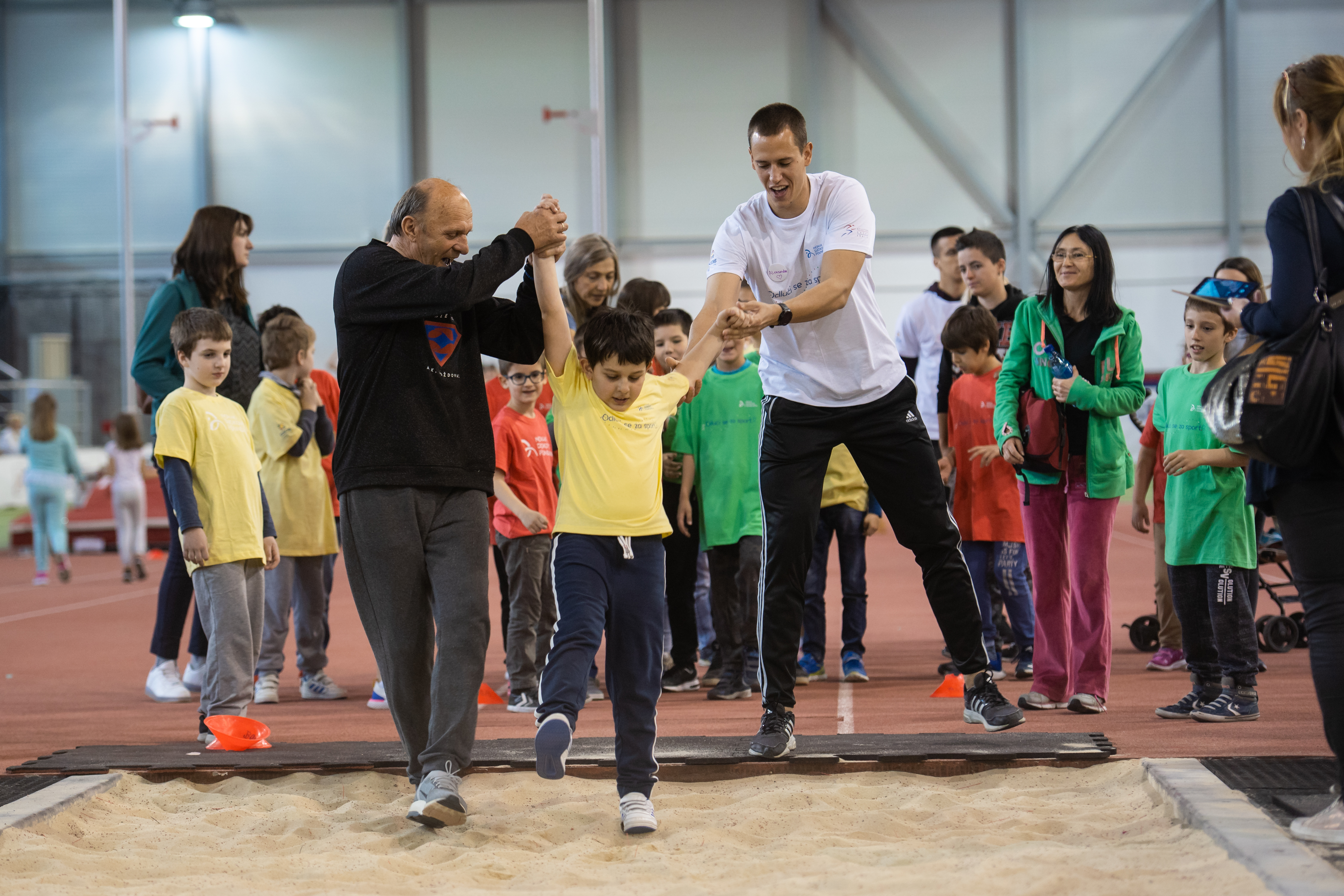 Coaches of three major domestic athletics teams – Red Star, Partizan and Vozdovac created the exercises just for this occasion.