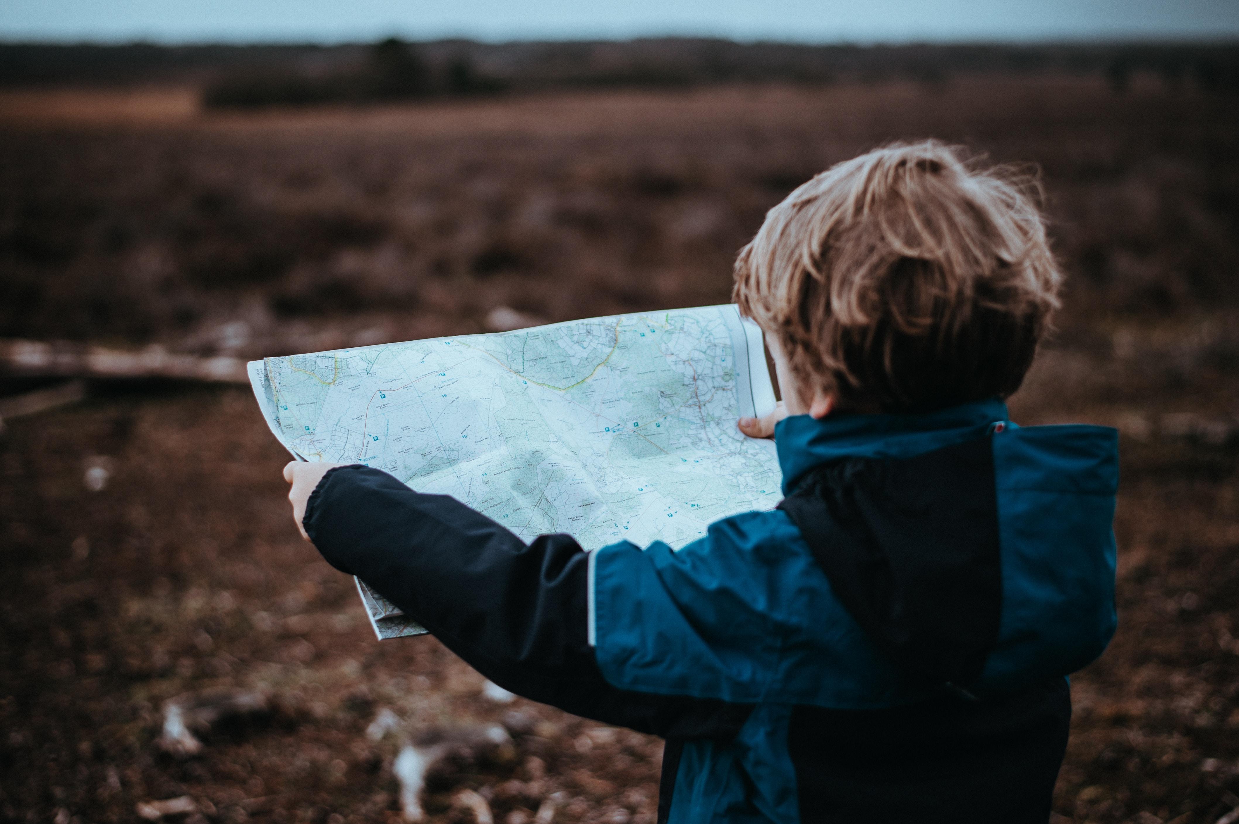 Želimo da deca dođu do sopstvenih zaključaka i odluka, a ne samo da uzimaju zdravo za gotovo sve što im se kaže.To je jako korisno za razvoj kritičkog razmišljanja.
