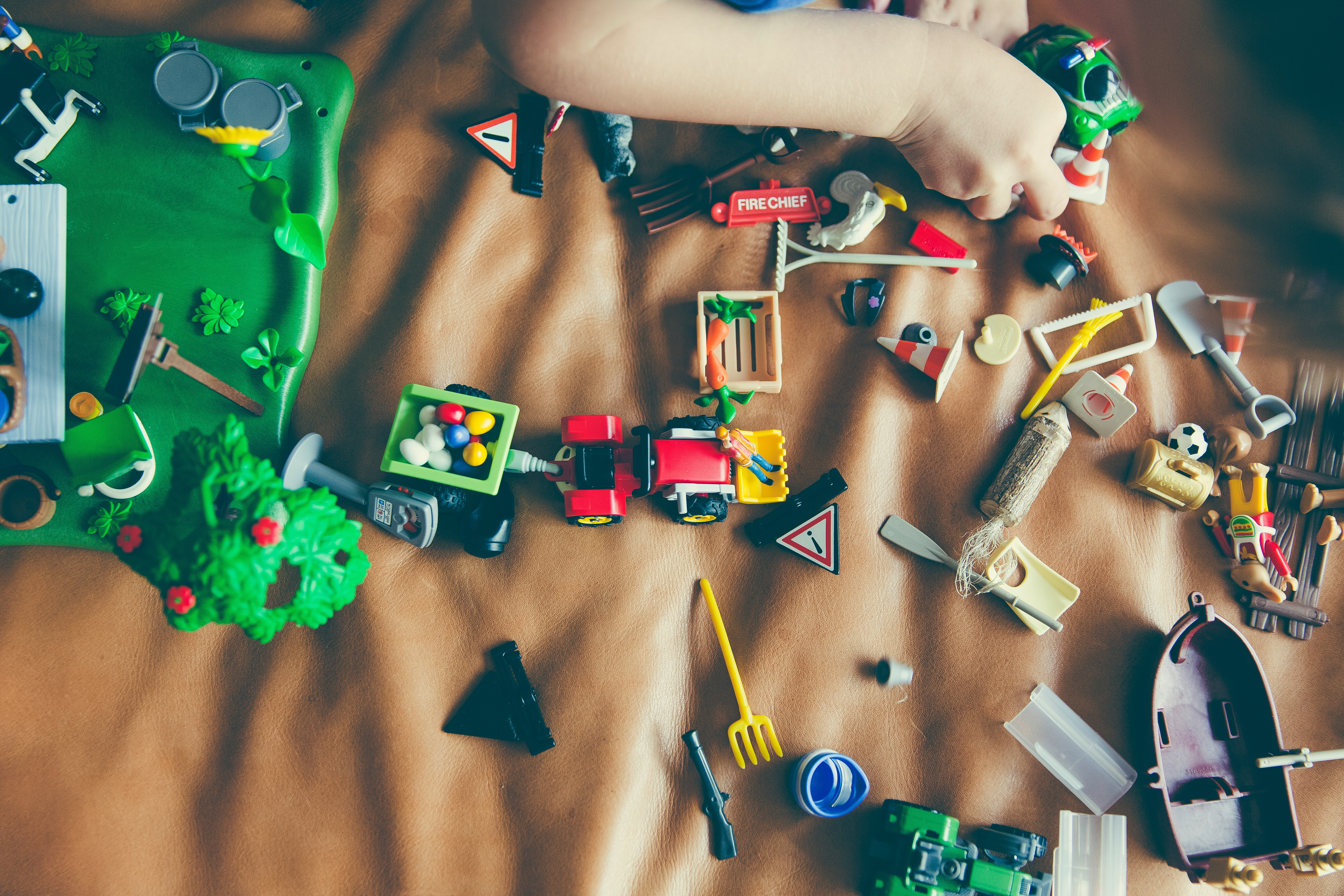 Researchers concluded that an abundance of toys reduces the quality of toddlers' play
