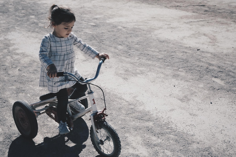 Kada detetu prosto kažete da ne može da ide u park, ne saopštavate mu ništa specijalno. Samo sebe stavljate u poziciju moći i dete ima doživljaj da vam nije stalo do onoga što njemu treba.