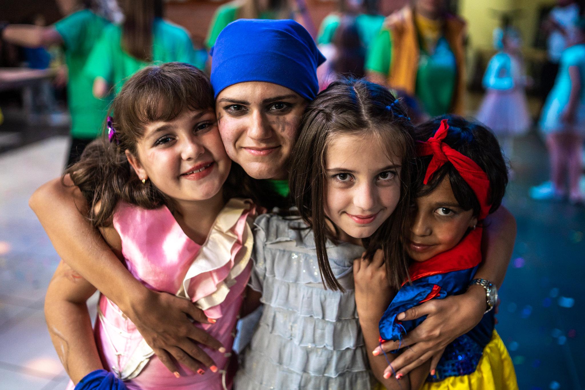 Svetovi igre su pomogli afirmaciji igre kao najvišeg načina istraživanja i učenja i ukazale na važnost zajedničke angažovanosti dece i odraslih kroz poigravanje i dramatizaciju iskustava, emocija, želja...