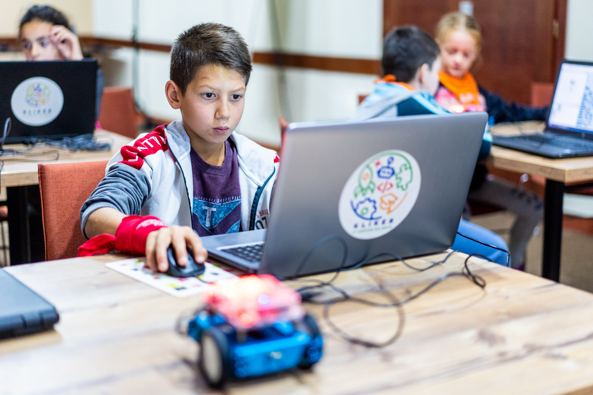 Virtual learning has become an unavoidable aspect of young learners' lives. It has changed the way parents prepare kids for school.