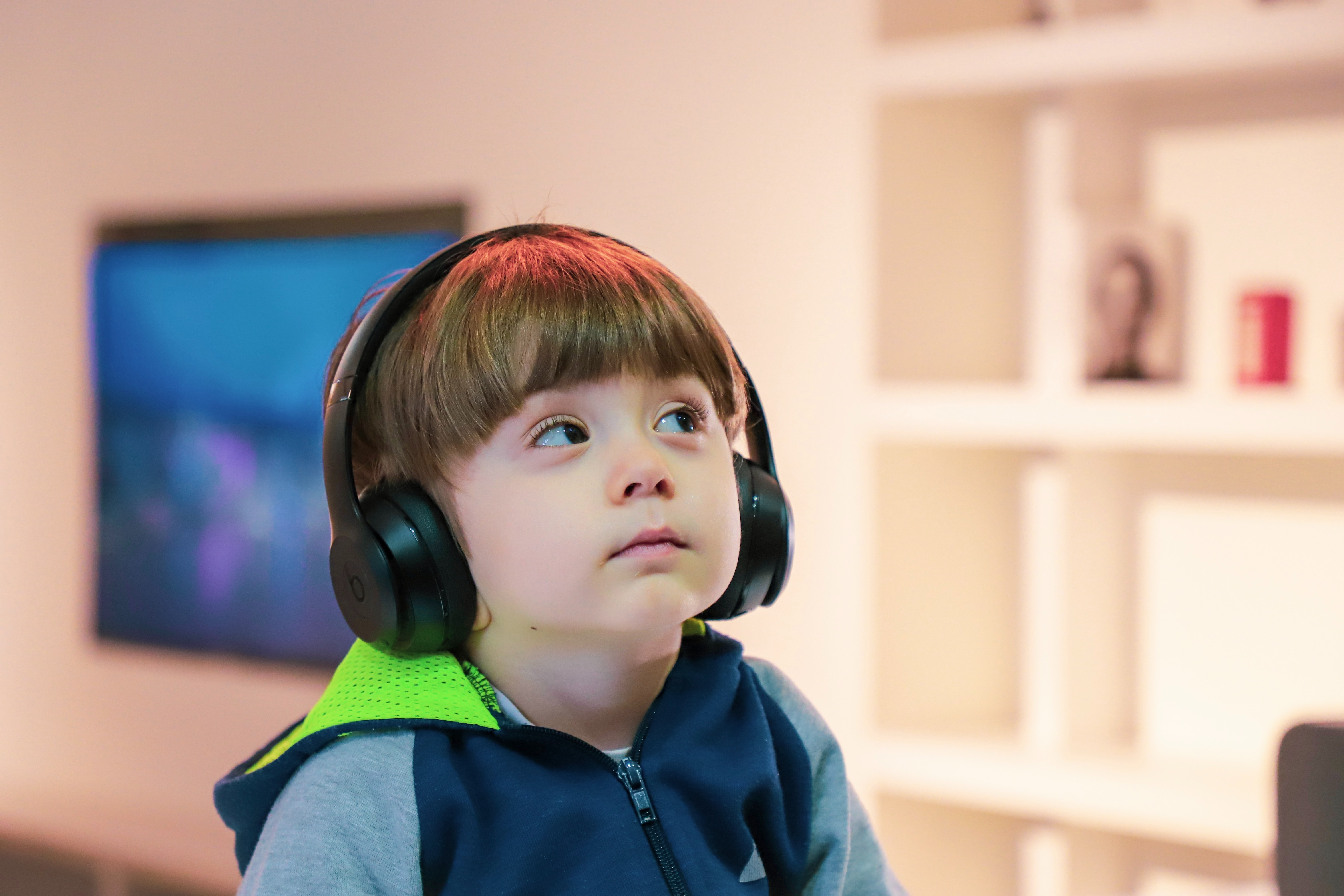 Screen time in early childhood: what does research show? During Corona pandemic,the number of daily users increased from 19 million to 23.5 million.