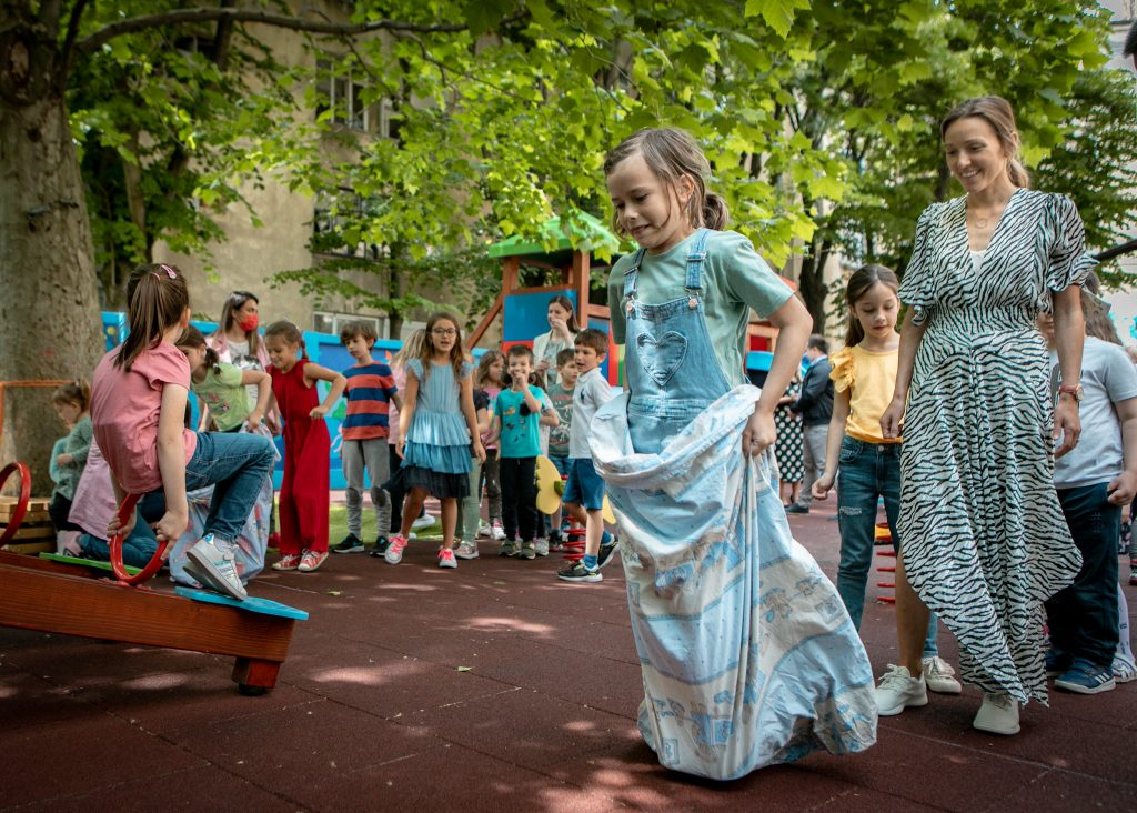 Numerous researches show that children are motivated and dedicated through play